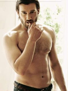 Clive Standen, Rollo Lothbrook. yes please!