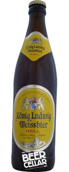 Ein deutscher Hefeweizen www.o Oktoberfestha . More Beer, All Beer, Wine Drinks, Alcoholic Drinks, Beer Cellar, Beer Online, Beer Bucket, Beers Of The World, Beer Brands