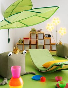 IKEA leaves, l just adore. Once upon a time l would never have had something like this in my house, now it is an 'our house' l love adding these touches.