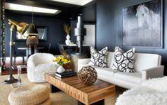 Kelly Wearstler   Beautiful living room with a white sofa.   Modern Sofas http://modernsofas.eu/2016/03/07/modern-sofas-living-room-projects-by-kelly-wearstler/ #modernsofas #whitesofa
