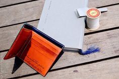 Japan's Cordovan with buttero leather Bi-folder Leather Products, Handmade Leather, Wallet, Crafts, Diy, Manualidades, Bricolage, Do It Yourself, Handmade Crafts