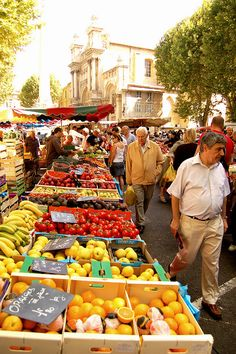 La Belle France ~ Market in Aix en Provence, France Aix En Provence, La Provence France, Antibes, The Places Youll Go, Places To Visit, Belle France, Famous Castles, Voyage Europe, South Of France