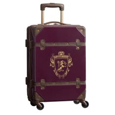 Pack for Hogwarts with Pottery Barn Teen's Harry Potter collection. Discover the magic of traveling when you shop Harry Potter inspired bags + luggage. Harry Potter Suitcase, Sac Harry Potter, Estilo Harry Potter, Harry Potter Room, Harry Potter Characters, Harry Potter Hogwarts, Harry Potter Backpack, Harry Potter Accessories, Harry Potter Jewelry