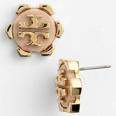 Tori Burch, Stud Earrings #corporate #workwear #lawyeratwork