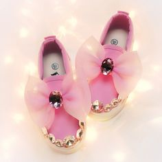 Cheap children canvas shoes, Buy Quality children canvas directly from China canvas children shoes Suppliers: 2017 Children's canvas shoes spring autumn girls diamond princess baby shoes casual shoes students fashion bowknot shoes flattie Diamond Princess, Baby Princess, Student Fashion, Girl Falling, Childrens Shoes, Spring Shoes, Casual Shoes, Baby Shoes, Students