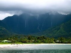 Hanalei Town sits on the North Shore of Kauai, one of the least developed and most beautiful islands in the Hawaiian chain. Description from top-best-holiday-destination-places.blogspot.com. I searched for this on bing.com/images