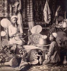 Cairo antique seller in 1890.