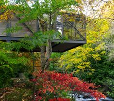 Summer Home cantilevered over a river!