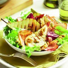 Salade met gegrilde peer en krokante parmaham