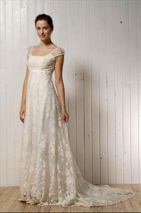 simple wedding gowns with sleeves