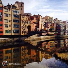 The houses on the River Onyar, #Girona. Wonderful picture! +INFO www.girona.cat/turisme. Picture by @patriciavilap (Instagram) Wonderful Picture, Take A Break, City Break, Houses, River, Photo And Video, Cat, Awesome, Places
