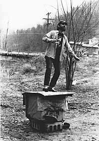 Jesco White, son of D. The dancing outlaw. Ray and Jesco are the last of a rich tradition of Appalachian styled clog/tap dance. Virginia Hill, West Virginia History, Appalachian People, Boone County, Film Games, Living Off The Land, People Of Interest, Roadside Attractions, Working People