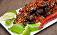 Malaysian dish Daging Goreng Berlada - Sauteed Beef Tenderloin