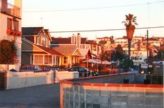 20th Street...walkstreet  Hermosa Ave, HB...across from my old abode :-)
