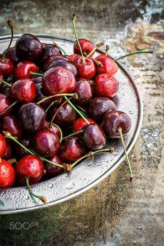 juicy and fresh berries by Mykola Lunov on 500px