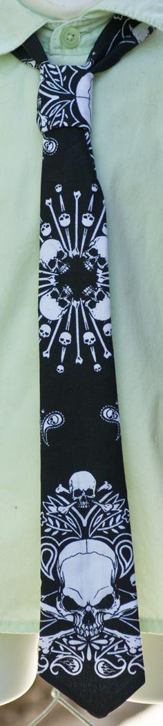 Cotton Black neck tie.  elastic collar.