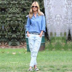Хайди Клум (Heidi Klum) была замечена на прогулке в рваных бойфрендах 7 For All Mankind. Рваные джинсы – мега тренд этого сезона. Это факт. Фотофакт))