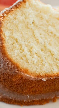 Moist and delicious Grapefruit Pound Cake with a grapefruit glaze. Best Cake Recipes, Pound Cake Recipes, Favorite Recipes, Bundt Cakes, Cupcake Cakes, Layer Cakes, Cup Cakes, Fun Desserts, Dessert Recipes