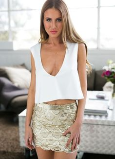 Gold Scallop Sequin Mini Skirt by Xenia Boutique Indie Fashion, Fast Fashion, Sequin Mini Skirts, Sequin Skirt, Gig Outfit, Cute Concert Outfits, Australian Clothing Brands, High Neck Top, Body Con Skirt