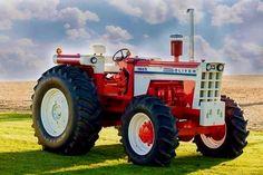 Old John Deere Tractors, Big Tractors, Ford Tractors, Logging Equipment, Old Farm Equipment, Heavy Equipment, Antique Tractors, Vintage Tractors, Vintage Farm