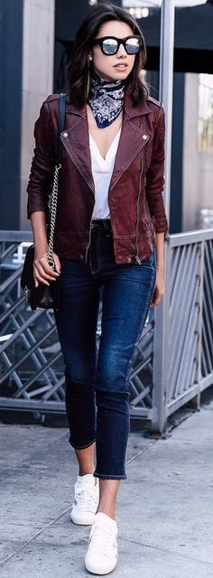 gorgeous burgundy jacket outfit 9