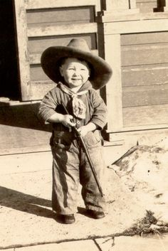 tackorama:  Kids with guns. [Source: Brightstone.]