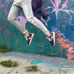 Jumping into the week with Happiness  #HappinessBrand