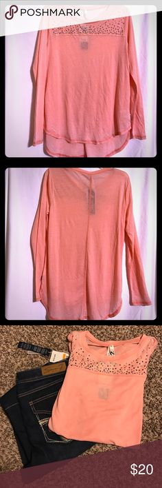 "⬇️TODAY ONLY⬇️ NWT Seven7 Bling Tissue Top Soft & comfy, thin ""Peach Bud"" top Seven7 Tops Tees - Long Sleeve"