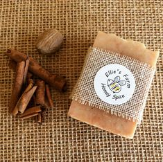 Handmade Natural Soap: Honey Spice Christmas by ElliesFarmShop Honey Soap, Beeswax Candles, Handmade Soaps, Handmade Items, Soap Making, Natural Skin Care, Spices, Pure Products, Skincare
