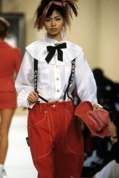 Chanel Spring 1994 Ready-to-Wear Fashion Show - Wallis Franken–