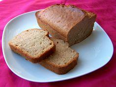 Lekker pittig zoete cake, waarvoor je de ingrediënten waarschijnlijk wel ergens in de voorraadkast kunt vinden. Lekker makkelijk als je onverwacht gasten of zin in zoetigheid krijgt.