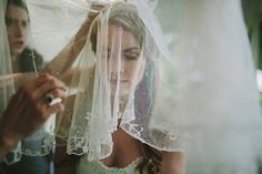 This beautiful bride wore her 98 year old grandma's veil | Jonas Seaman Photography | Bridal Musings