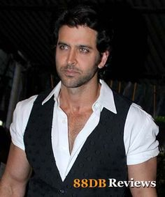 Hrithik Roshan who has been part of some tough role movies, action entertainers in the past apart from the fun filled enjoyable drama Zindagi Na Milegi Dobara is trying to break the monotonous to do a romantic comedy.