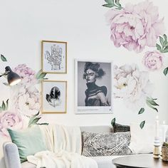 SimpleShapes Peony Flowers Wall Sticker Color: Vintage Lilac