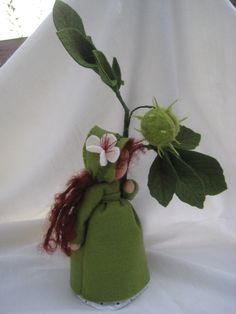 Deko-Objekte - Kastanie für den Waldorf-Jahreszeitentisch - ein Designerstück von Blumenkinder-Unikate bei DaWanda