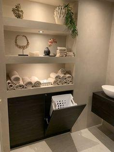 Bathroom Design Luxury, Modern Bathroom Design, Bathroom Layout, Home Room Design, Dream Home Design, Salon Interior Design, Interior Design Living Room, Spa Room Decor, Home Decor