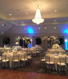 Beautiful Winter Wedding   Springfield Country Club