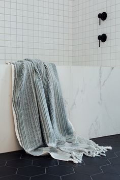Ottoloom is a NZ-based designer and stockist of the finest quality certified organic cotton Turkish towels that are hand loomed by artisans in small batches. Turkish Bath Towels, Hand Towels, Monaco, Loom, Organic Cotton, Ottoman, Blanket, Design