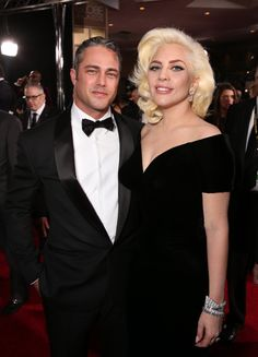 Pin for Later: 23 Couples Qui Ont Déjà Rompu en 2016 Taylor Kinney et Lady Gaga