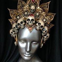 Awesome And Easy Headdress Designs You Can Try Awesome And Easy Headdress Designs You Can TryCrafting is a handy work at home business and respected cottage market. Beltaine, Caroline Reboux, Mode Steampunk, Fantasy Costumes, Fairy Costumes, Circlet, Tiaras And Crowns, Skull Art, Headgear