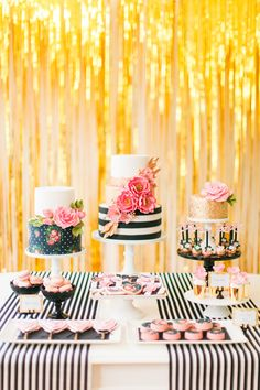 21 party themes projects and DIYs for all your spring get-togethers! 21 party themes projects and DIYs for all your spring get-togethers! 21 Party, Party Fiesta, Festa Party, Party Time, Kate Spade Party, Kate Spade Bridal, Flamingo Party, Photobooth Ideas, 21st Party Themes