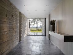 Kohout Residence by Knowles Blunck Architecture-concrite wall