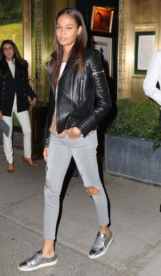 Grey denim and silver kicks: a style combo to try this weekend. Thanks, Joan Smalls <3