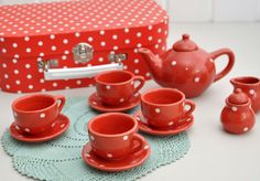 Classic Dolly Porcelain Tea Set | DotComGiftShop