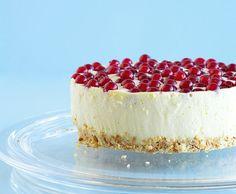 Quarktorte mit Johannisbeeren Cheesecake, Sweet, Desserts, Recipes, Food, Veggie Food, Easy Meals, Pies, Bakken