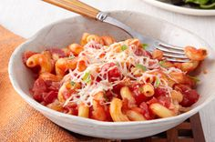 Cavatappi Pomodoro pretty much staples in the pantry/fridge.  My kind of meal.
