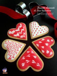 Biscotti di San Valentino decorati | Pane Amore e Fantasia!