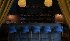 ANDRE TIL HØYRE   Youngskvartalet, Oslo - Foodtech Restaurant Bar, Liquor Cabinet, Oslo, Storage, Furniture, Home Decor, Sink Tops, Purse Storage, House Bar