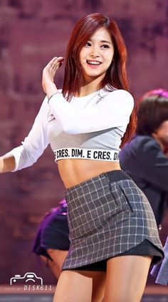 http://korean-dreams-girls.tumblr.com/post/137630241867/tzuyu-twice-kbs-open-concert-pics