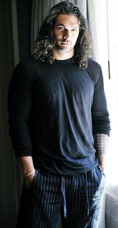 Jason Momoa yowza yowza yowza...damn Lisa Bonet gets all the hot ass men!!! Lenny Kravit, and now this breath-taking hottie!!!! Damn lmk